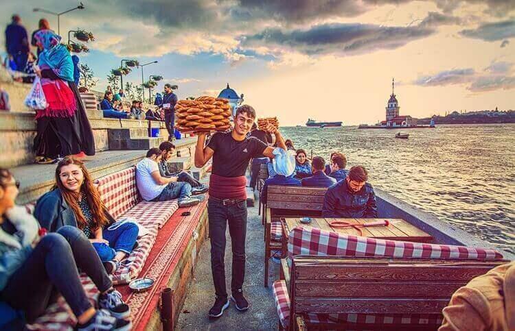 prachtig uitzich waterkant istanbul turkije
