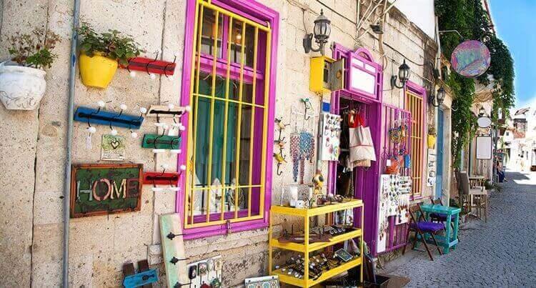 kleurrijken gebouwen side turkije