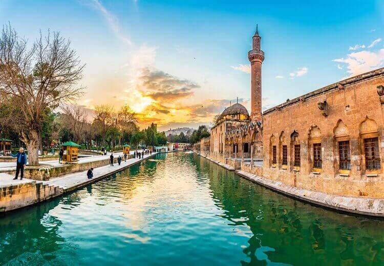 bekende moskee sanliurfa turkije