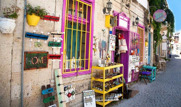 kleurrijken gebouwen izmir turkije